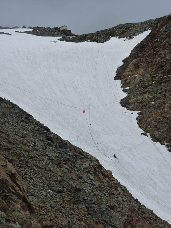 Dispositif d'alerte sur le glacier de Tête Rousse : la rupture du câble déclenchera l'alerte