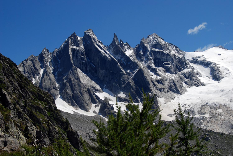Il gruppo Sciora scendendo dalla quota 2231 m