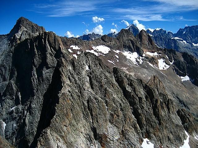 La vue du sommet des Pointes de Burlan