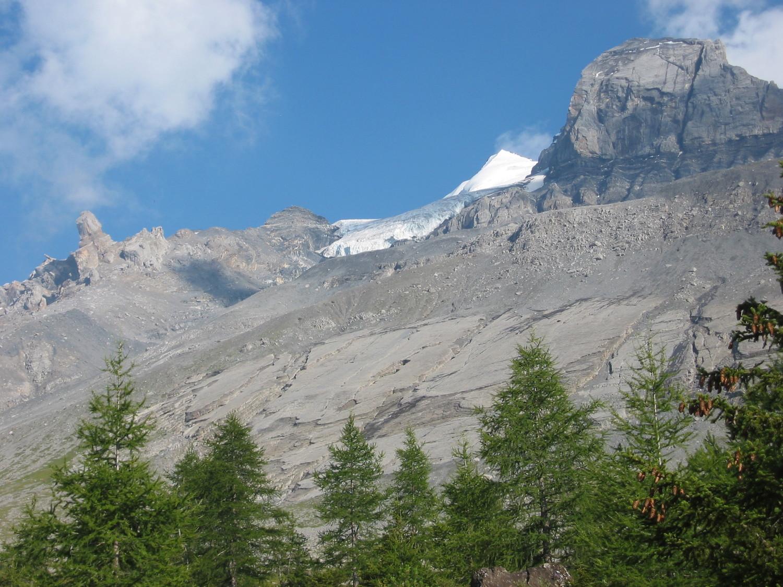 Doldenhorn - Vue sur l'approche et sur le sommet depuis le refuge