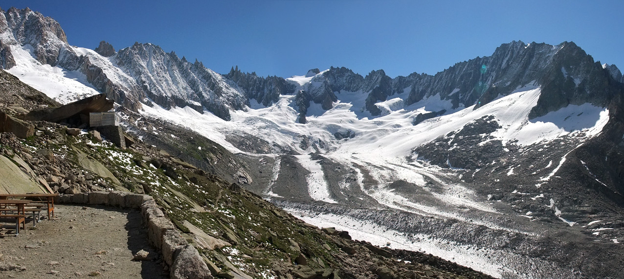 Le glacier de Talèfre vu du refuge du Couvercle