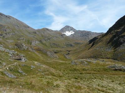 Le vallon de Grauson avec la pointe Tersiva en fond