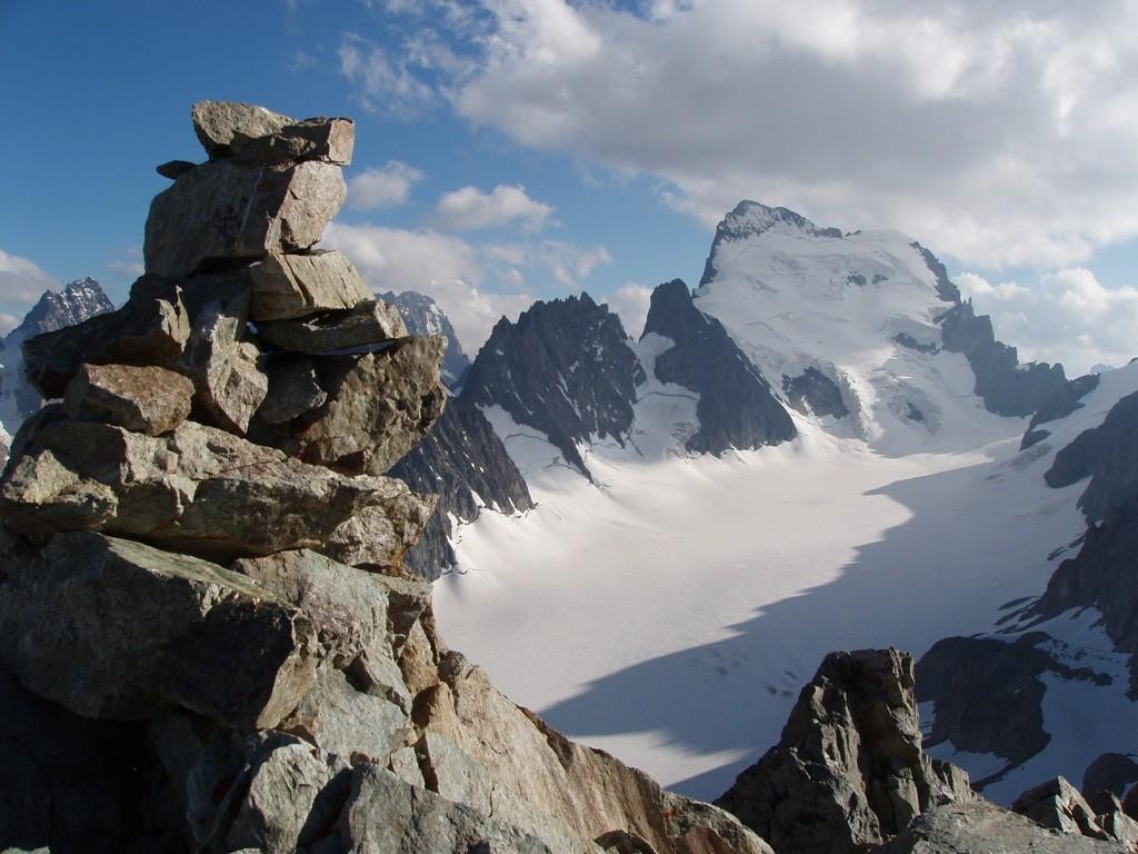 Cairn du pic du glacier Blanc juillet 2010