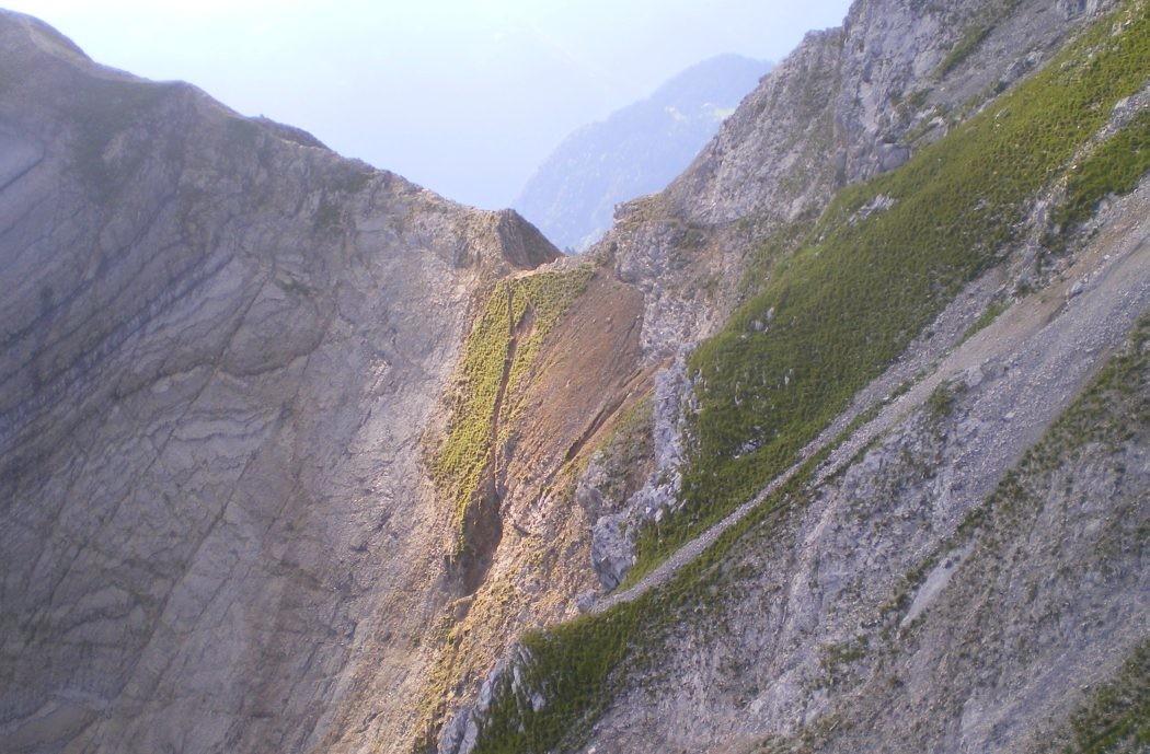 Col du Rasoir, Aravis, traversée descente voie Carnaval du Doute