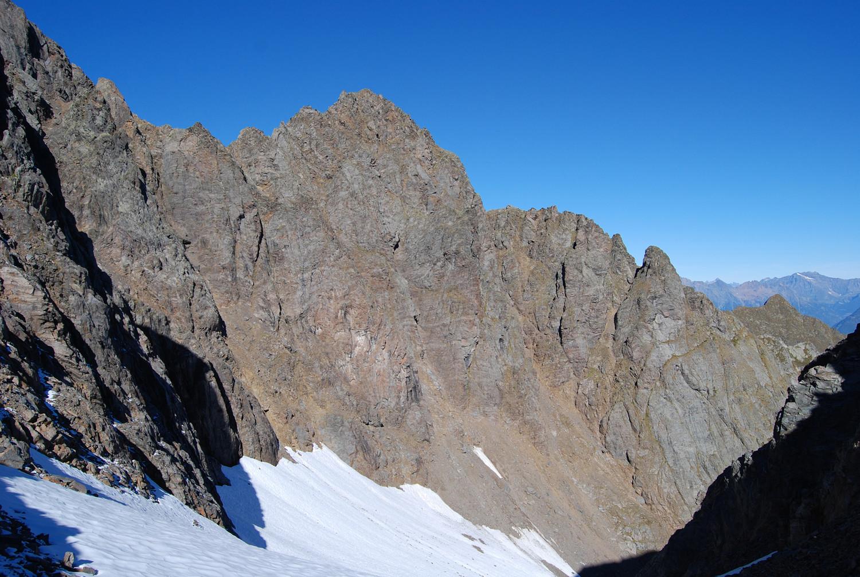 ll Pizzo degli Uomini 2895 m versante E dalla Motta della Pioda 2788 m.