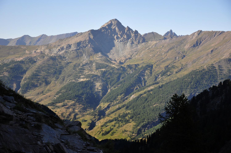 Le Pelvas, vu du vallon de Bouchouse. 07/2010