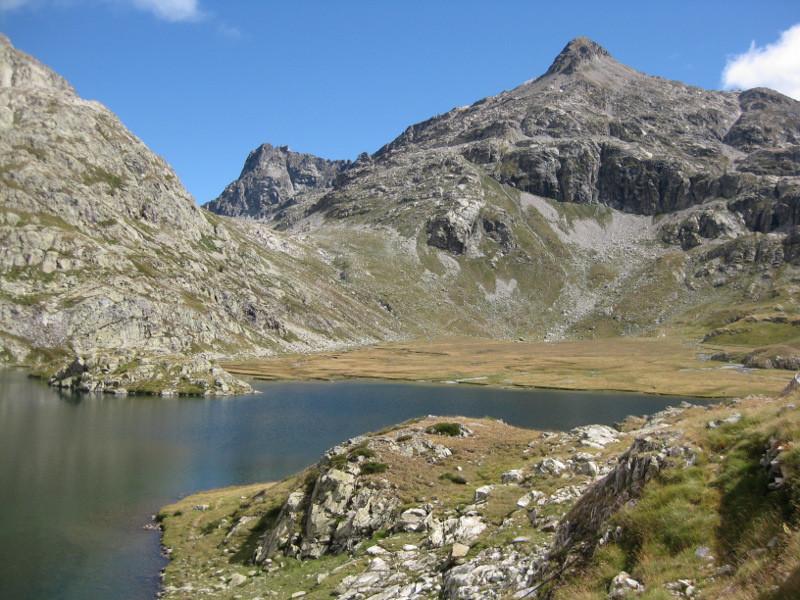 Pic de la Peyre et lac de Campoplano
