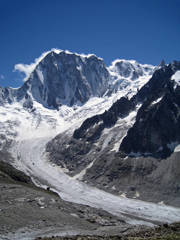 Les grd Jorasses et le glacier de Leschaux
