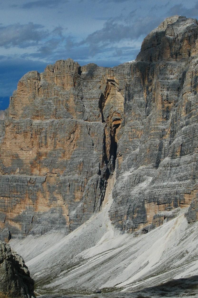 Le Gran Portale (la vulve...) entre Cima Scotoni et Cima de Fanes