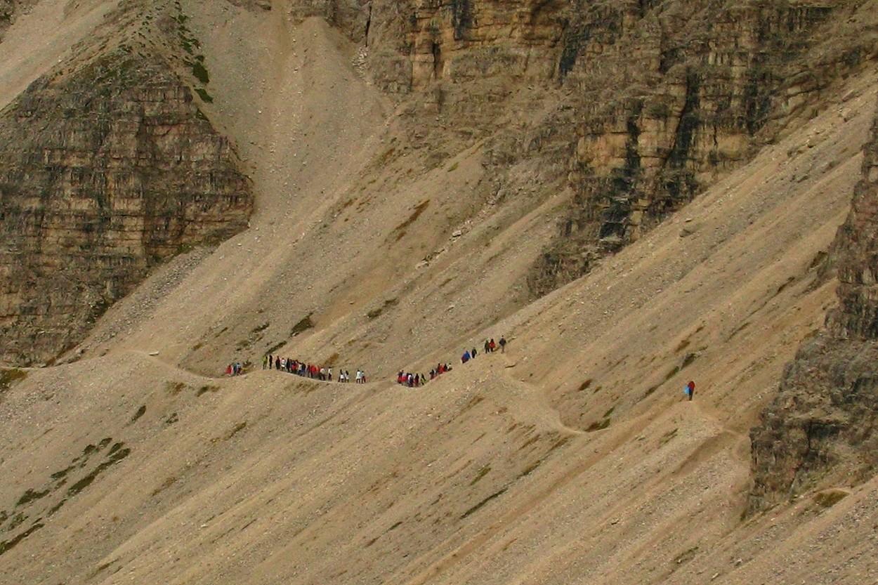 La foule sur un sentier annexe!