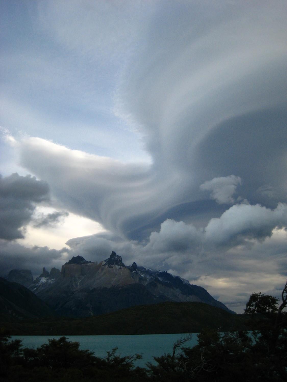 Tempête sur les Cuernos del Paine (Chili)
