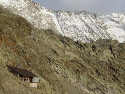 Le refuge de Plan Glacier