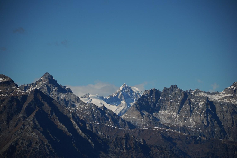 Du Loccia di Peve (Ossola), vue en direction du Simplon, au fond l'Aletschhorn