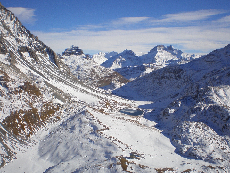 vue sur le refuge du col de la Vanoise (F Faure)