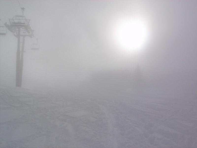 Départ dans une mini nappe de brouillard