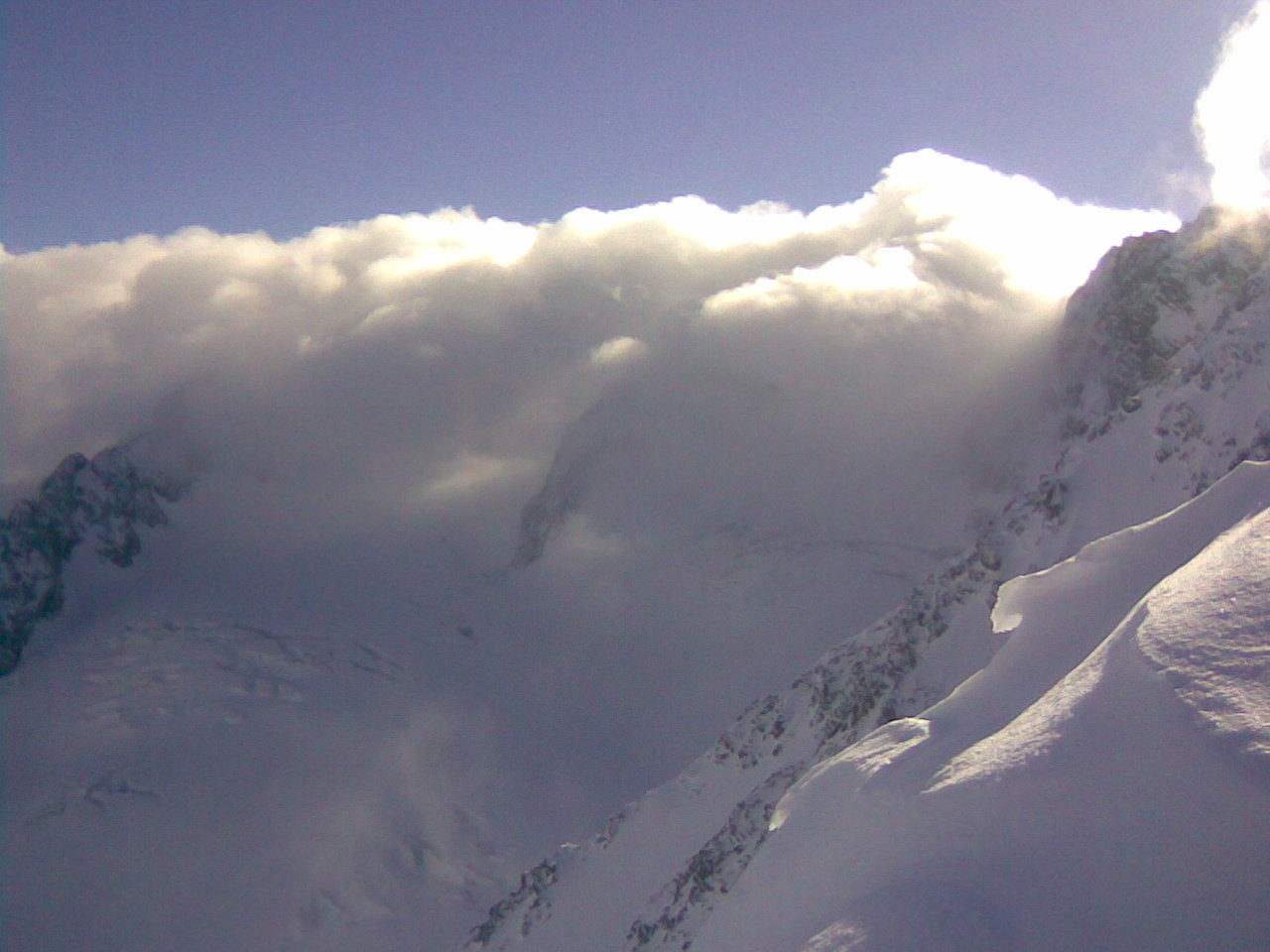 Les nuages débordent de Maurienne