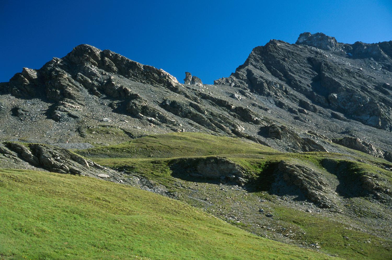 Le Pic Agnel, sur la frontière, au sud du Col Agnel