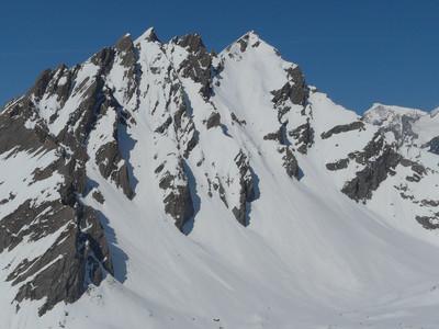 Le Mont Berrio Blanc (Vallée d'Aoste) face SE