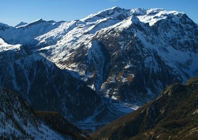 Vieux Chaillol et vallon du Tourond au-dessus de la Vallée du Champoléon