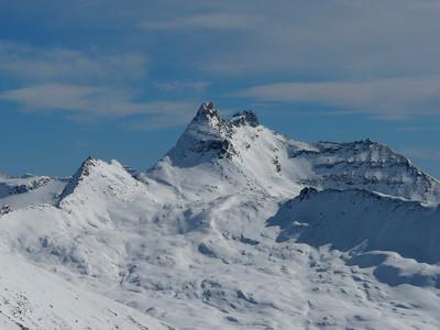 Pointe Foura (massif du Grand Paradis)  vue depuis  le col  Leynir