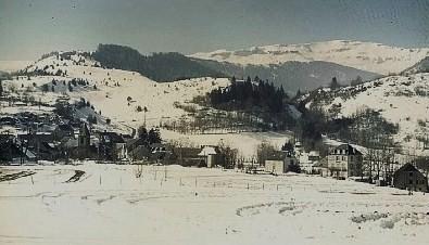 Albepierre ,avec vue sur le Puy du Rocher