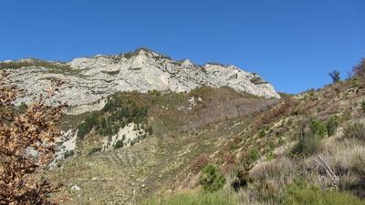 Vue de la montagne de la Baume