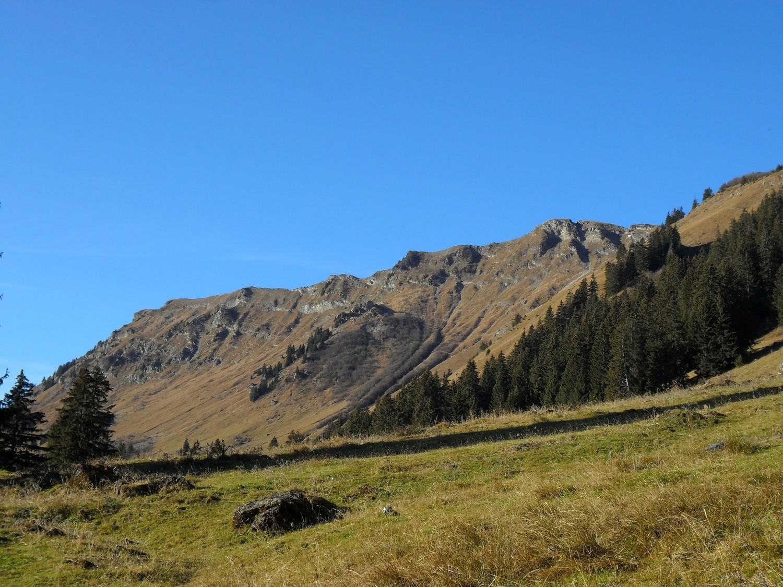 Une partie de la crête W du Val de Morgins vue depuis Fecon