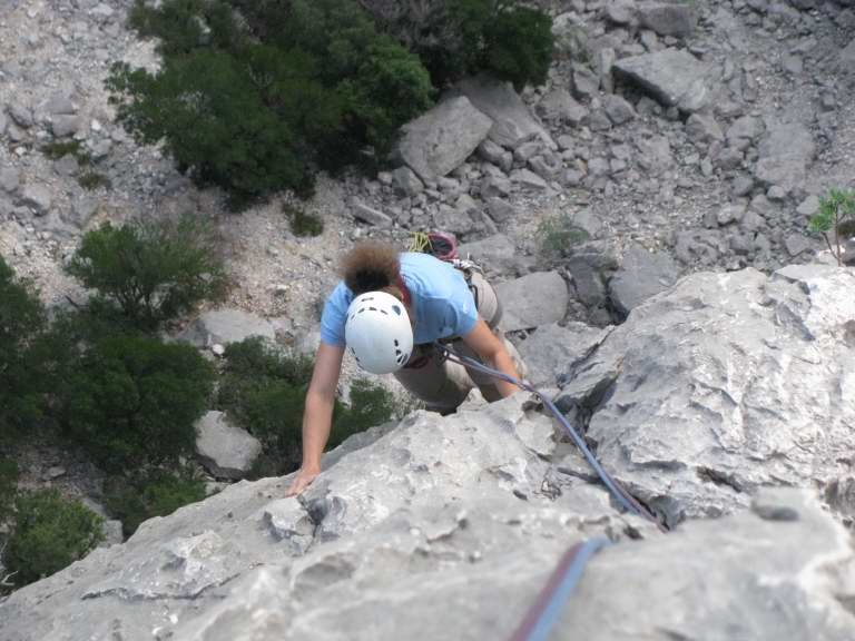 rocher déchiqueté
