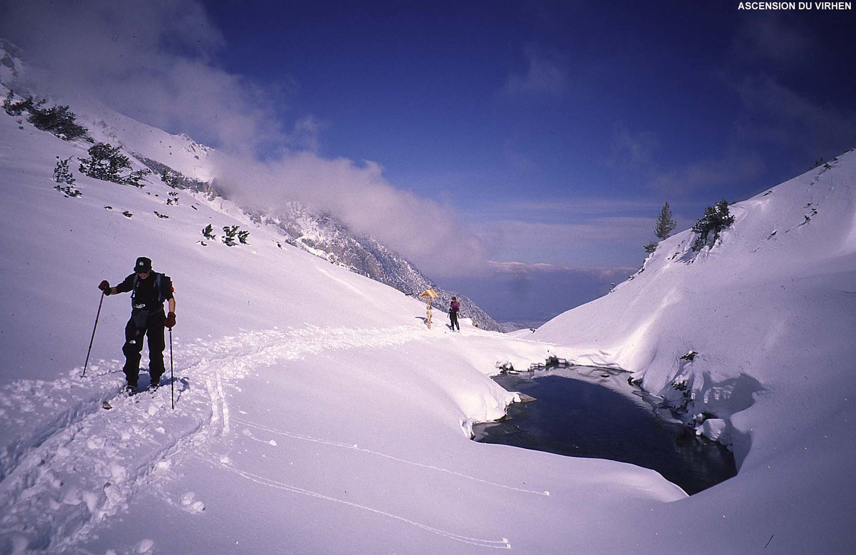 Montée au Virhen (2900m), massif du Pirin