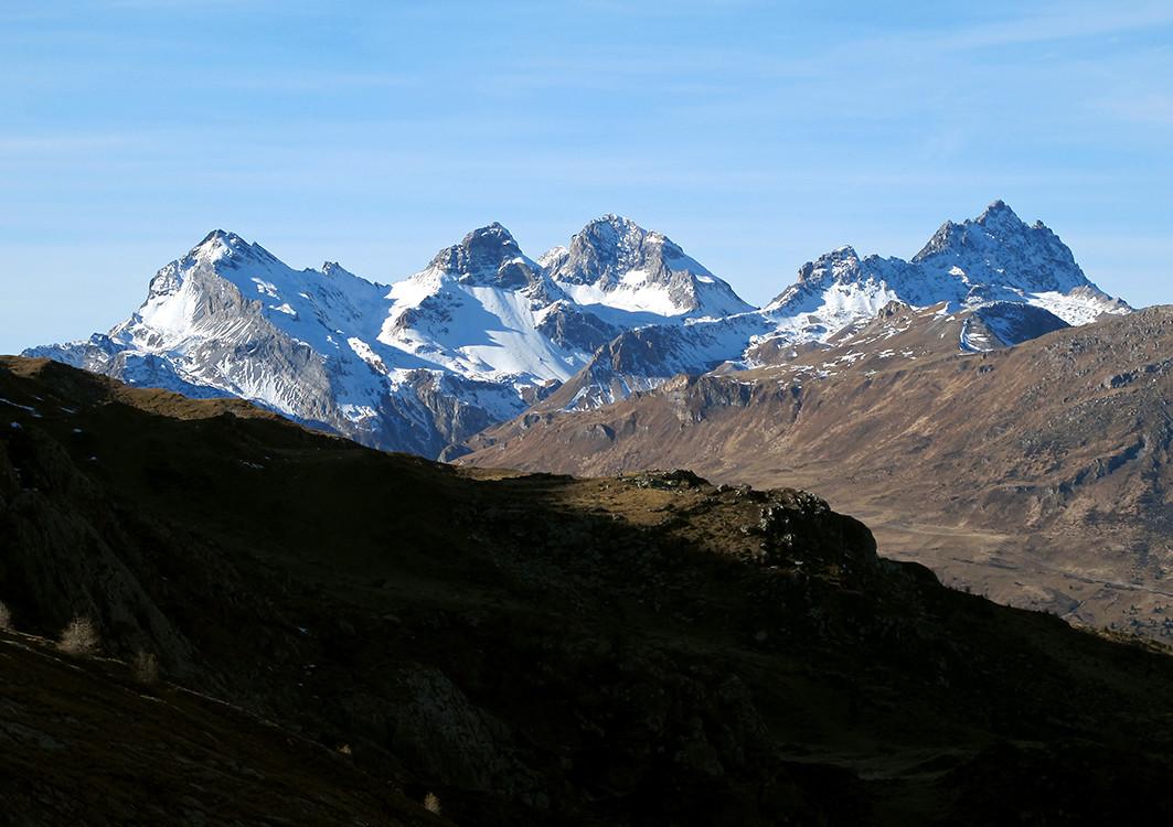 Splügener Kalkberge, viste dall' Alp Neaza.