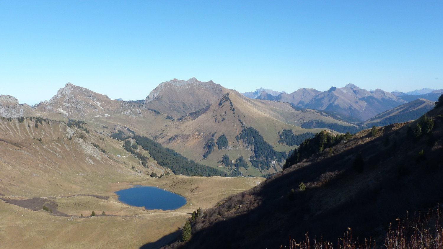 Roc d'Enfer et lac Roy