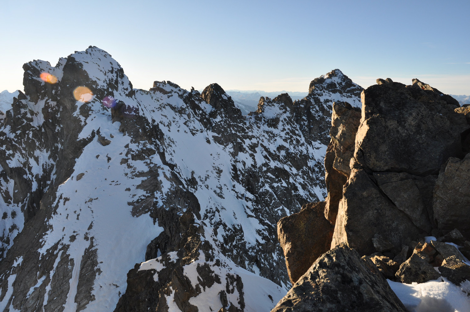 Picture taken from Keschnadel summit (view on the ridge which leads to Piz Kesch on the right). End Nov. 2011