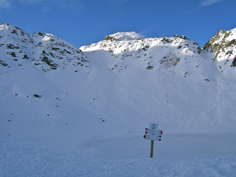 Le Lac Bleu et le Col du Longet.
