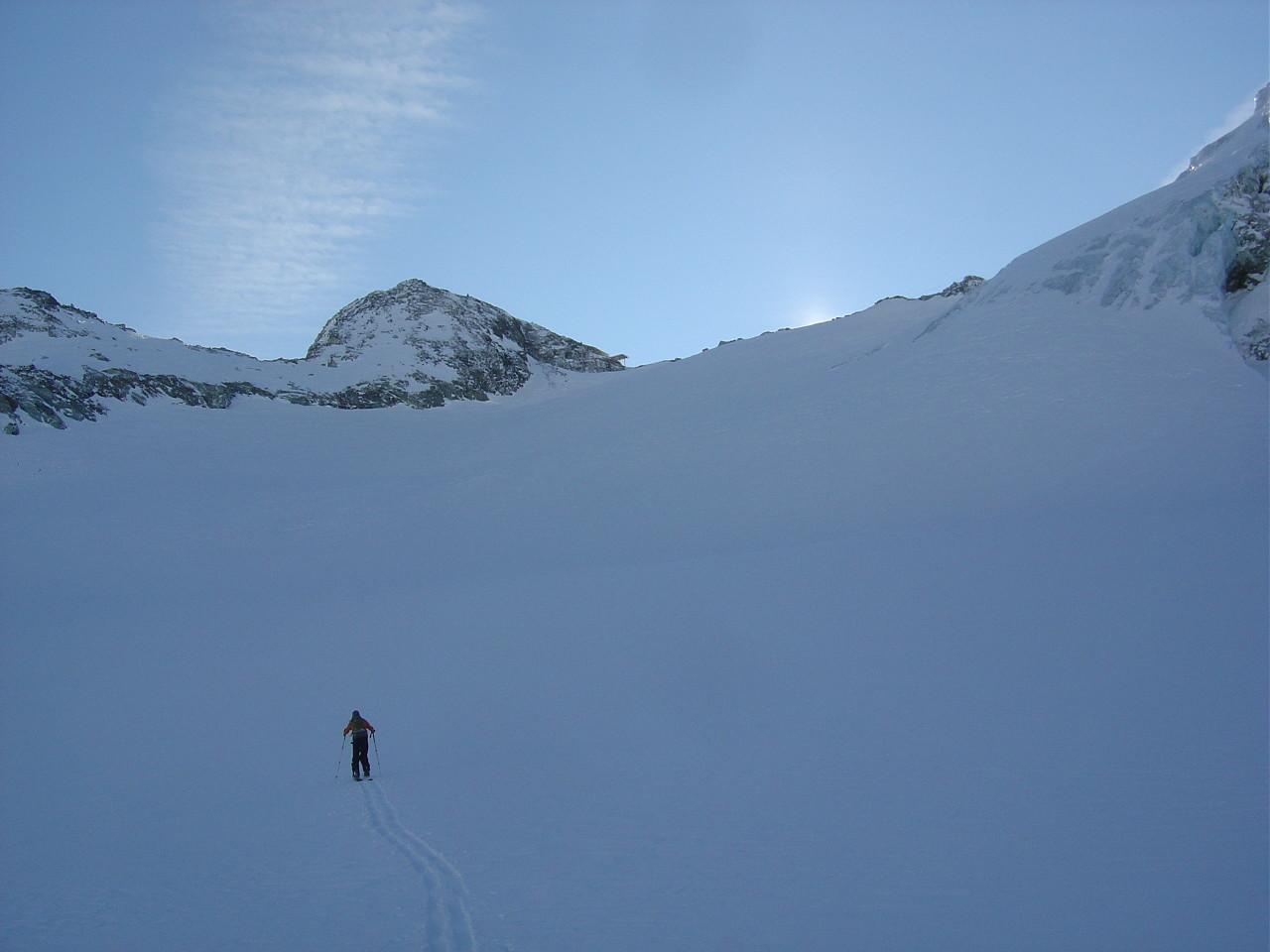 Seuls et sans trace sur le glacier de Pièce, rare...