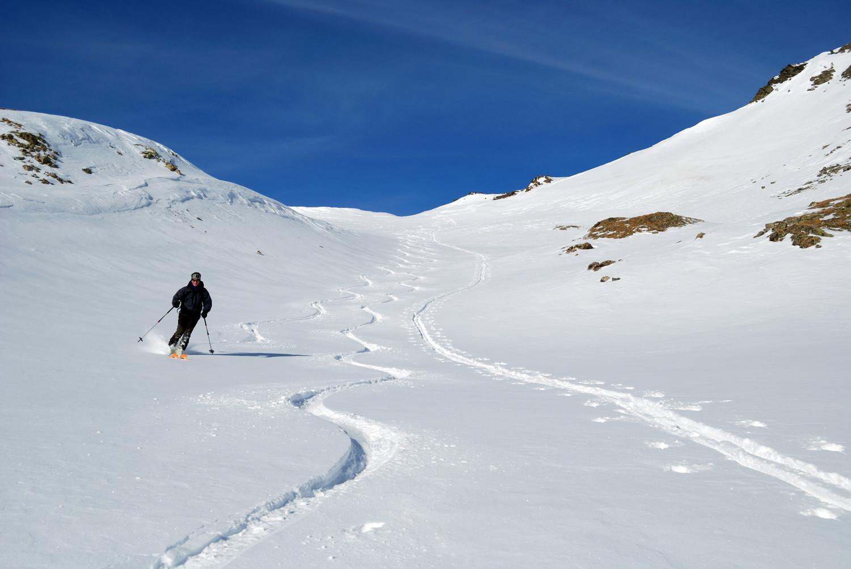 Bella neve nella valletta sottostante la sella  a circa 2850 m