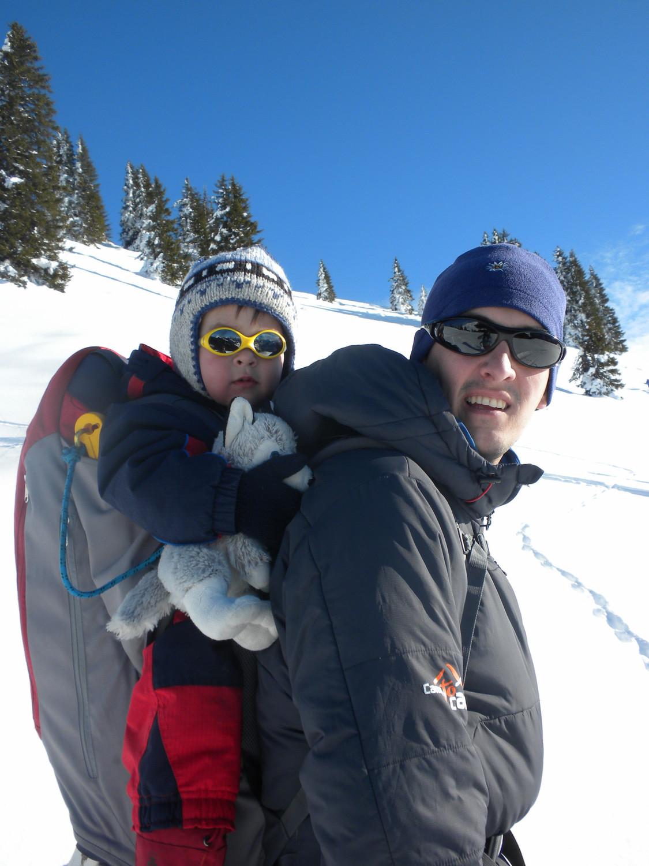 Même doudou-chien fait du ski