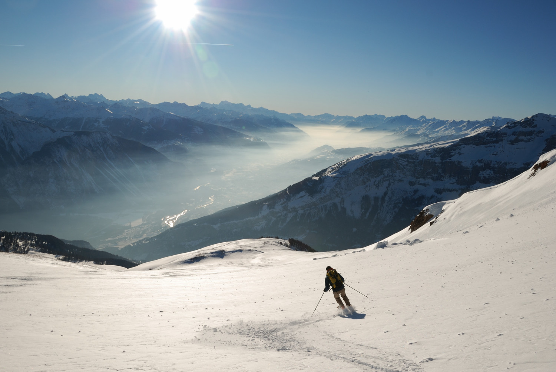 Descente du Schafberg sur fond de Vallée du Rhone