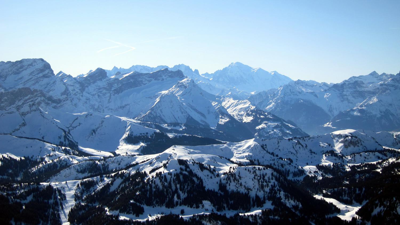 Vue sur le Mont Blanc depuis le sommet du Châtillon
