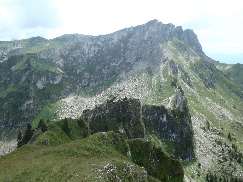 gains alpins et rochers de naye