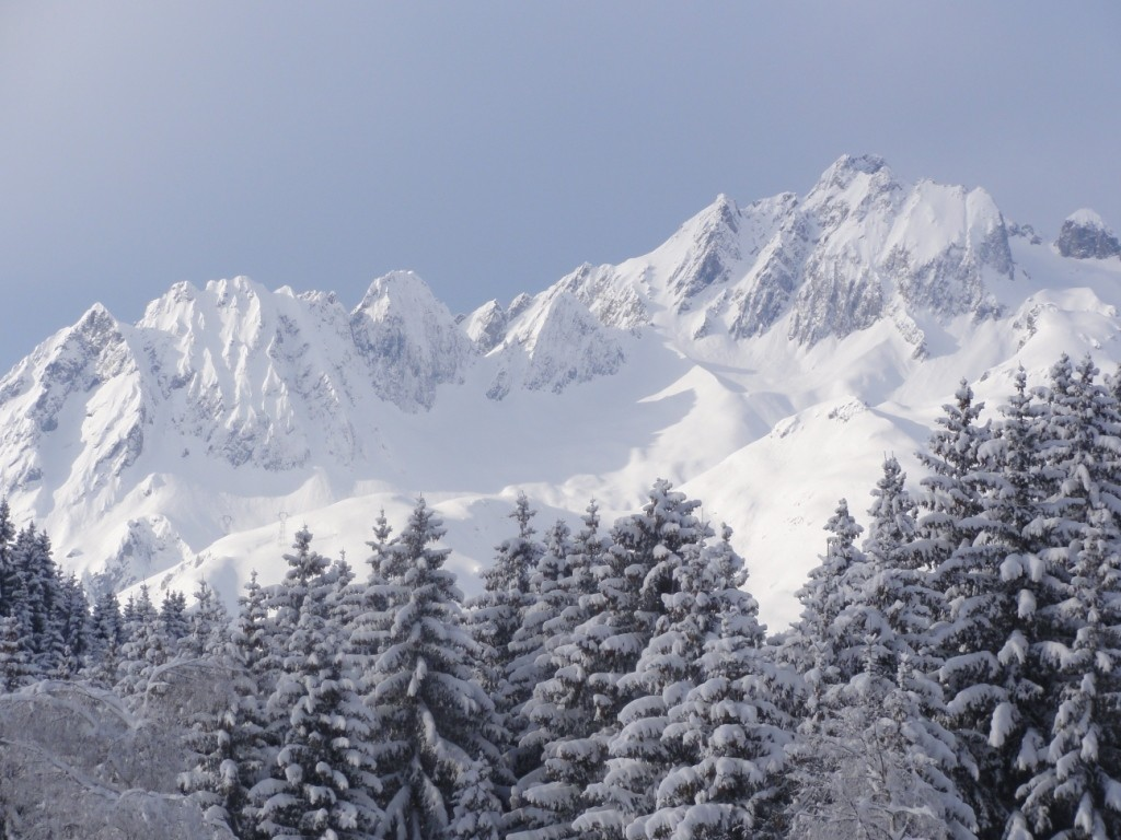 Le Grand Pic de la Lauzière depuis Doucy Combelouvière