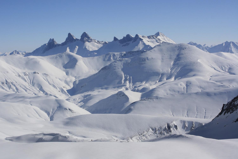 Du glacier des Quirlies, vers l'E