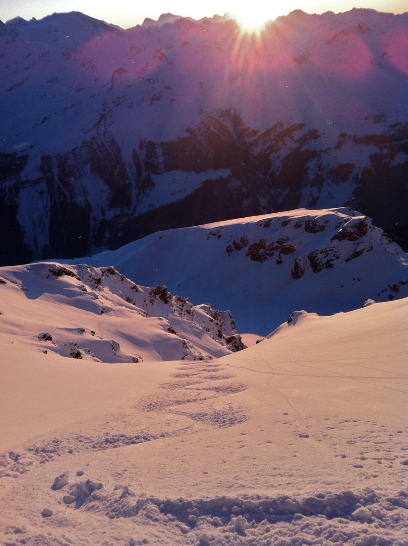 Deuxième run au soleil couchant, Sasseneire Couloir W, fév 2012