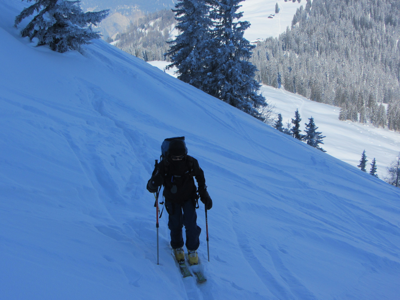 Salendo allo Schluechtli.Freddo intenso sopra Bruner Alp.