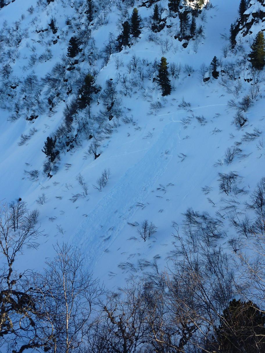 Plaque de neige friable en versant N
