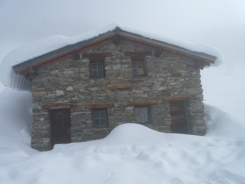 Abri de l'Aup Bernard (alt 1585 m)