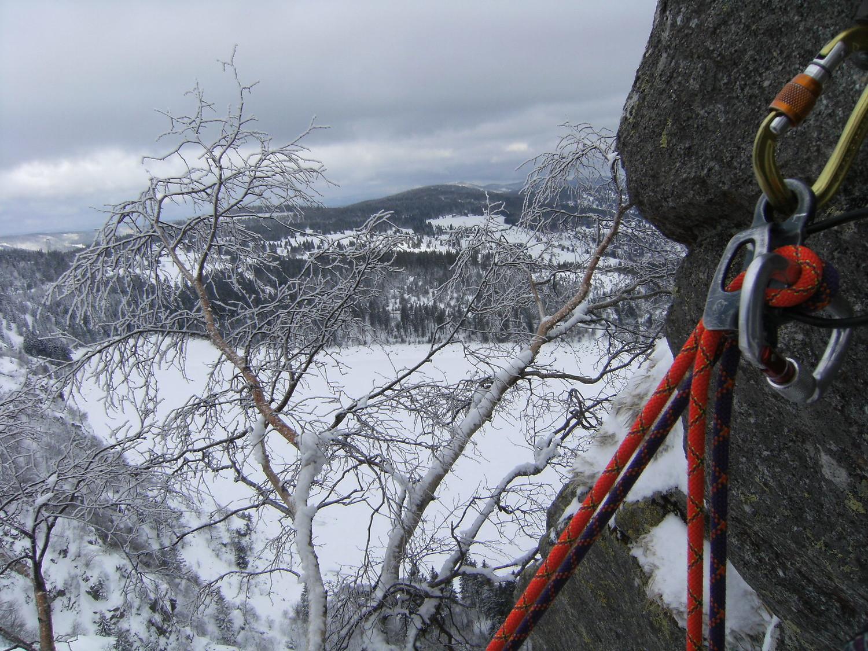 vu sur le lac gelé et couvert de neige, Lac Blanc (68)