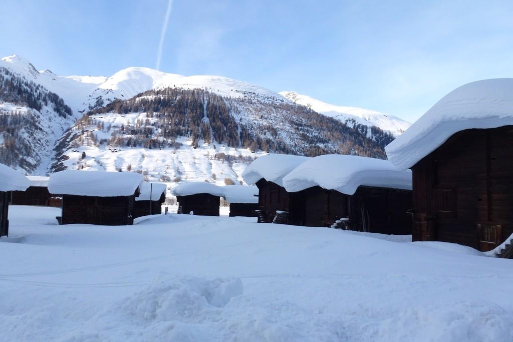 Ulrichen che inverno ancora quasi 2m a 1350m