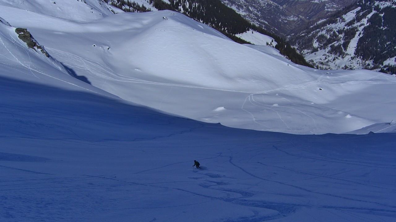 Tour des Louérettes - Encore du bon ski pour rejoindre le bas de la combe de la Rosette