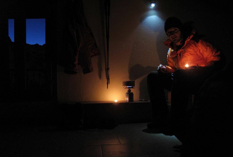 Nuit de solitude au local hiver du refuge des Merveilles