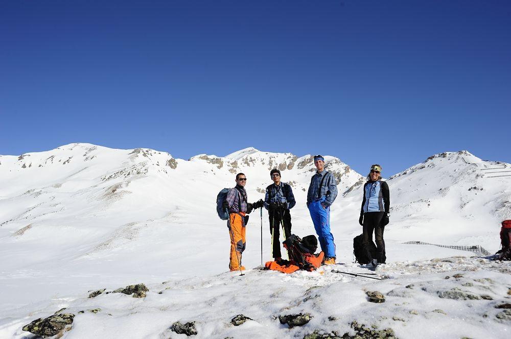 foto di gruppo sulla prima cima